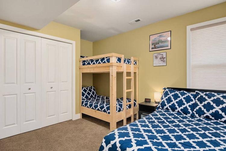 Bedroom lxt7wc photo thumbnail