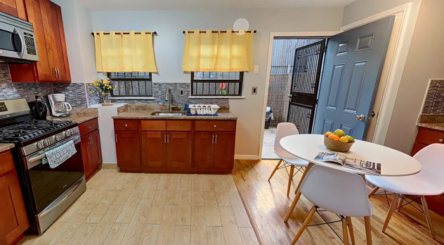 Picture 10 of 4 bedroom Townhouse in Brooklyn