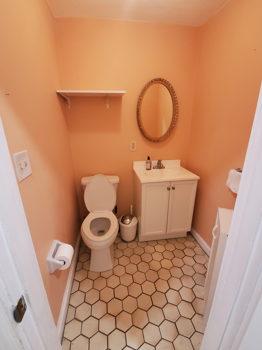 Picture 4 of 3 bedroom Condo in Boston
