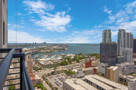 Picture 28 of 3 bedroom Apartment in Miami