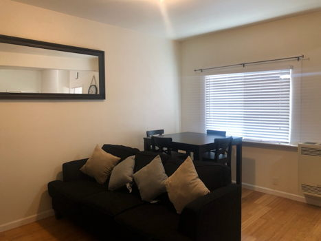 Picture 6 of 2 bedroom Apartment in Oakland