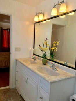 Picture 6 of 3 bedroom House in San Bruno