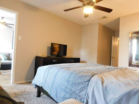 Picture 3 of 1 bedroom House in Irving