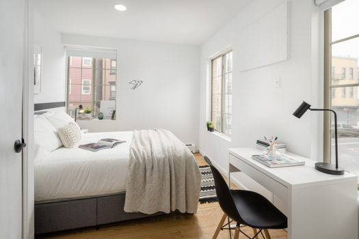 Picture 1 of 6 bedroom Apartment in Brooklyn
