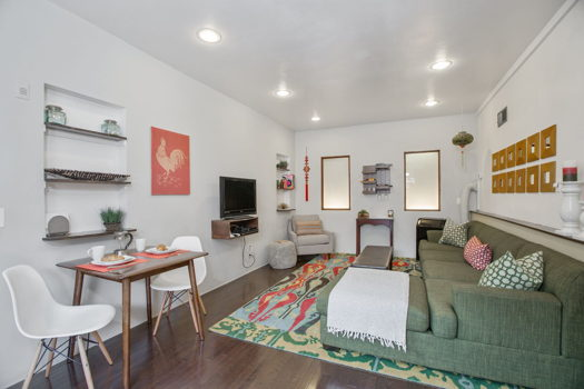 Picture 1 of 2 bedroom Apartment in Los Angeles