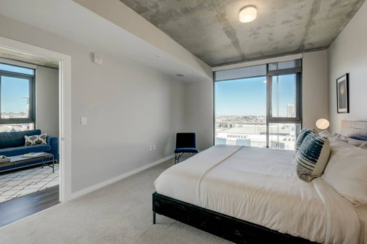 Picture 8 of 3 bedroom Apartment in Denver