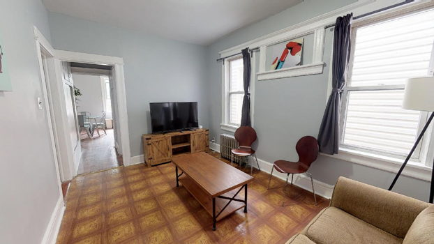 Picture 1 of 4 bedroom Apartment in Jersey City