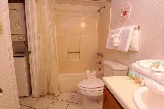Picture 6 of 3 bedroom Condo in Orange Beach