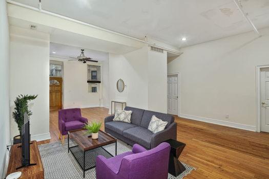 Picture 2 of 3 bedroom Apartment in Philadelphia