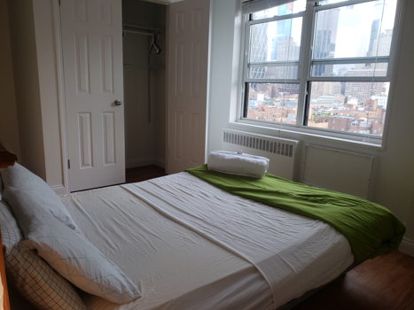 Picture 11 of 3 bedroom Apartment in New York