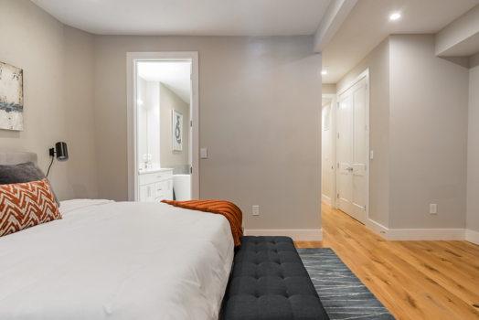 Picture 5 of 3 bedroom Condo in Washington