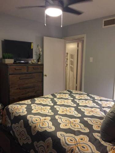 Bedroom 2c4xt0 photo thumbnail