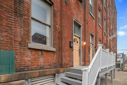 Picture 13 of 3 bedroom Apartment in Philadelphia