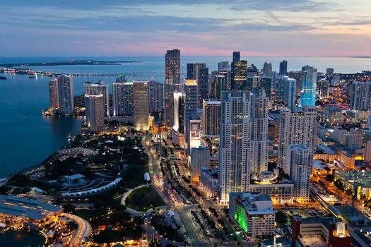 Picture 20 of 1 bedroom Condo in Miami