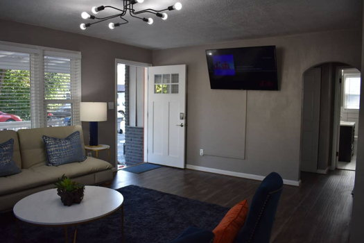 Picture 2 of 2 bedroom House in Boise