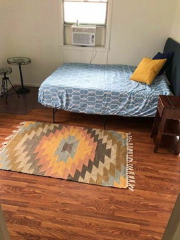 Picture 4 of 1 bedroom House in Mountain View