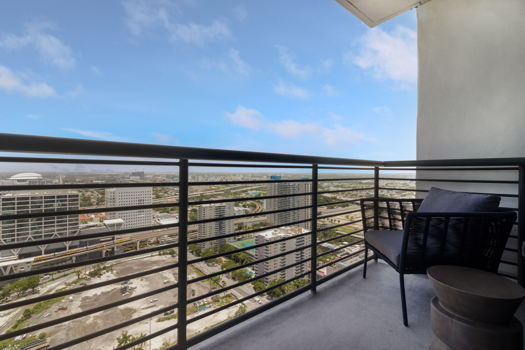 Picture 6 of 3 bedroom Apartment in Miami