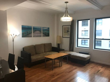 Picture 1 of 3 bedroom Apartment in New York