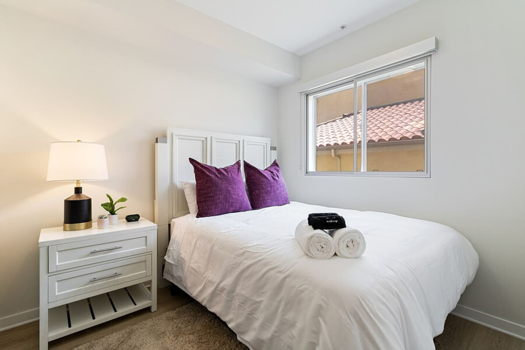 Picture 1 of 1 bedroom Apartment in Los Angeles