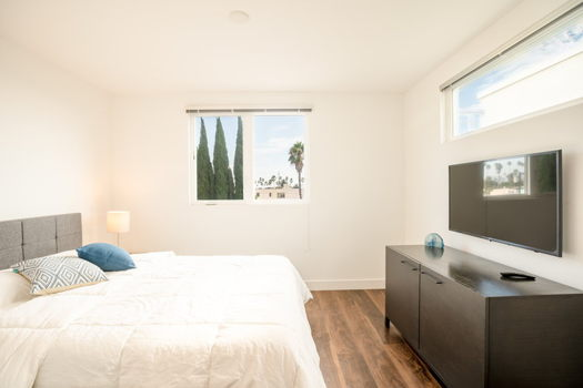 Picture 5 of 5 bedroom Townhouse in Los Angeles