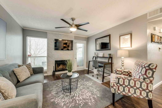 Picture 1 of 2 bedroom Condo in Irving