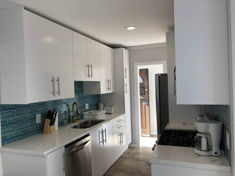 Picture 13 of 3 bedroom Apartment in Los Angeles