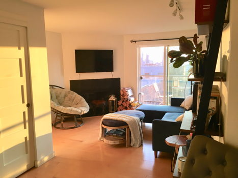 Picture 12 of 2 bedroom Condo in Seattle