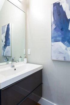 Picture 6 of 3 bedroom Condo in Washington