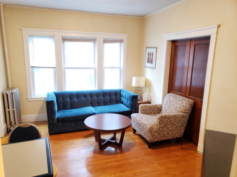 Picture 1 of 3 bedroom Apartment in Cambridge