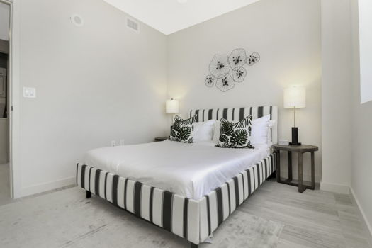 Picture 5 of 2 bedroom Apartment in Miami
