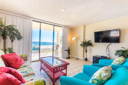 Picture 2 of 3 bedroom Condo in Orange Beach