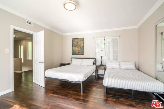 Picture 7 of 2 bedroom House in Los Angeles