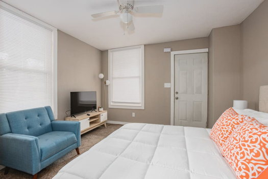 Picture 1 of 1 bedroom Apartment in Springfield