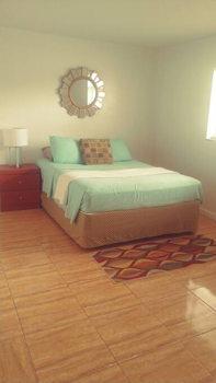 Picture 15 of 1 bedroom Condo in Miami