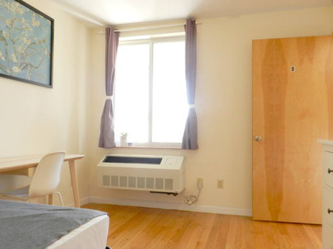 Picture 34 of 3 bedroom Condo in Queens