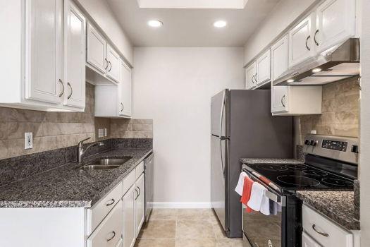 Picture 11 of 3 bedroom Duplex in Austin