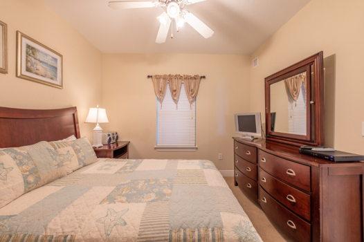 Picture 4 of 2 bedroom Condo in Gulf Shores