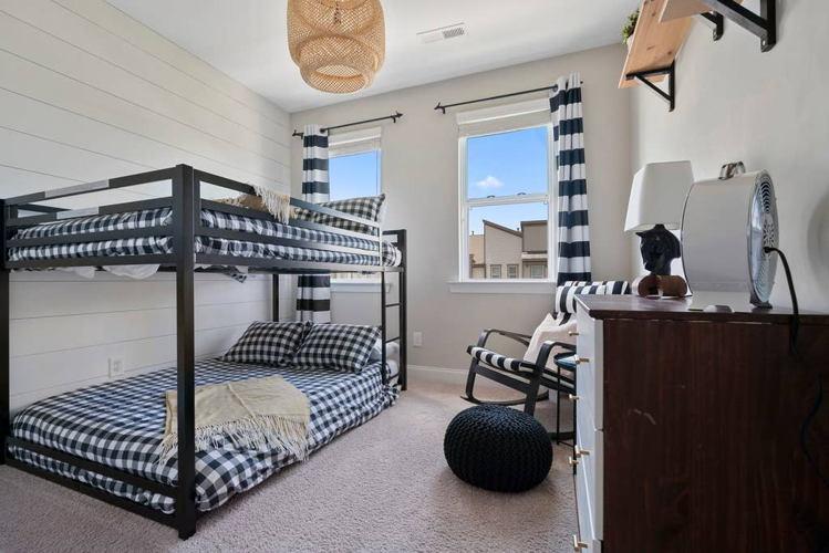 Bedroom ly2db5 photo thumbnail