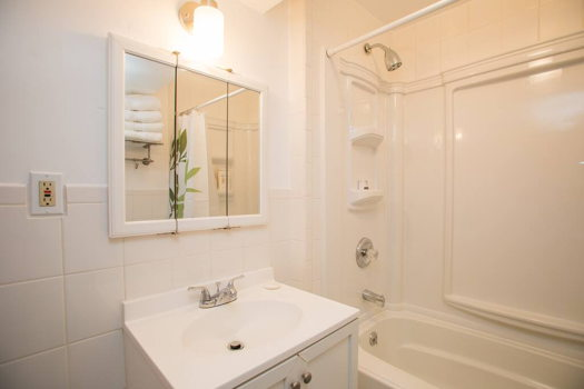 Picture 6 of 1 bedroom House in San Bruno