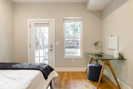 Picture 11 of 3 bedroom Condo in Washington