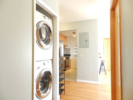 Picture 6 of 3 bedroom Condo in Queens