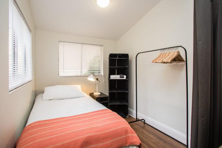 Bedroom np3r3t photo thumbnail