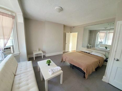 Picture 5 of 3 bedroom Apartment in Philadelphia