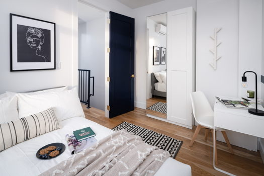 Picture 9 of 4 bedroom Apartment in Brooklyn