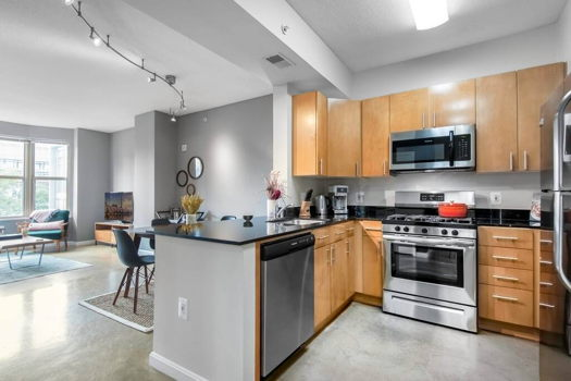 Picture 6 of 1 bedroom Apartment in Washington