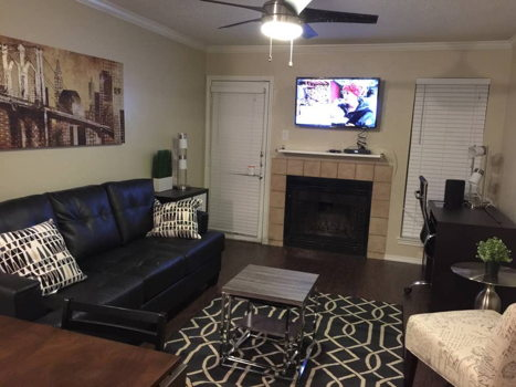 Picture 3 of 1 bedroom Condo in Irving