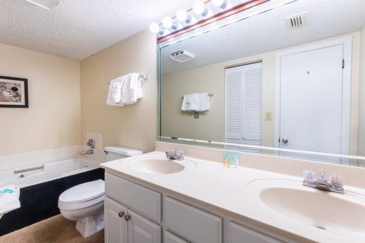 Picture 11 of 3 bedroom Condo in Orange Beach