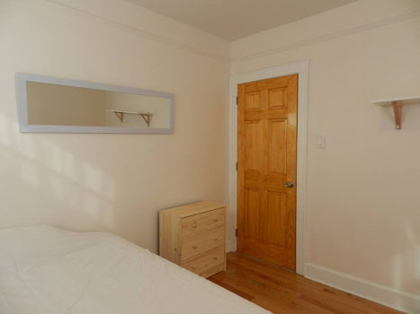 Picture 38 of 3 bedroom Apartment in Queens