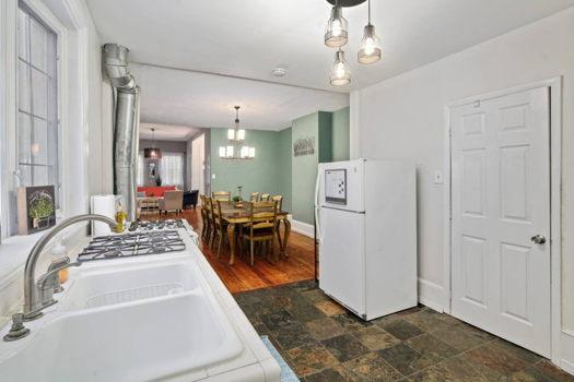 Picture 13 of 3 bedroom House in Philadelphia