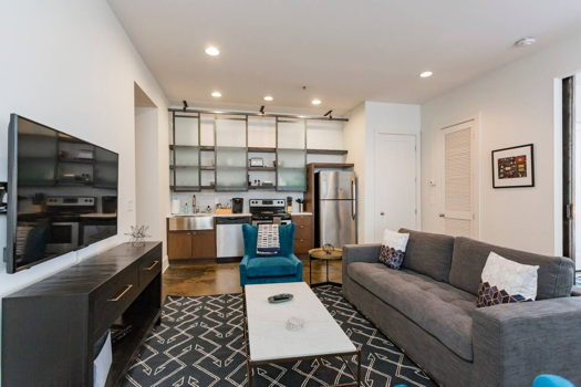 Picture 3 of 2 bedroom Apartment in Nashville